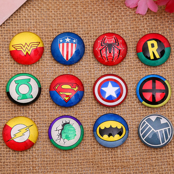 48 adet 12mm Dairesel Bayrak tideway El Yapımı Fotoğraf Cam Cabochons Film Heroes: Spiderman Iron Man ABD Kaptan Batman DIY Parçaları
